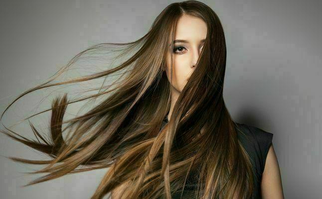 خلطات طبيعية لتلوين الشعر أثناء الحمل