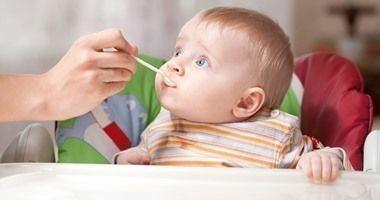 الأرز المهروس بحليب الأم او الحليب الصناعي