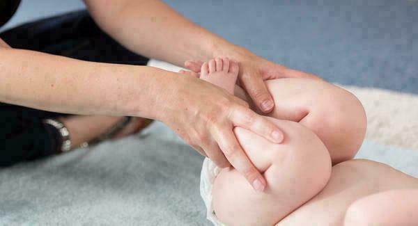 لماذا يصاب الرضيع بالإمساك؟