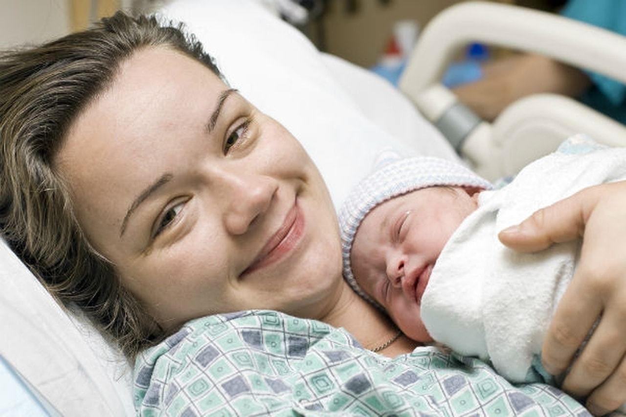 أشياء لن يخبرك بها أحد عن فترة الولادة