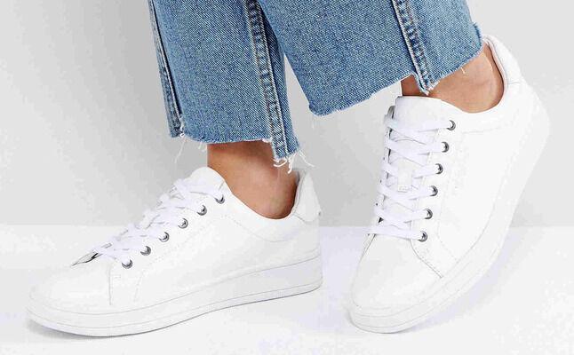 طُرق سحرية لتنظيف الحذاء الأبيض
