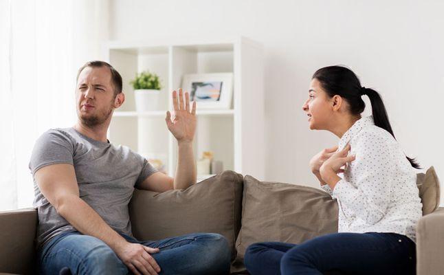 العلامة الأكثر دلالة على خيانة الزوج لزوجته