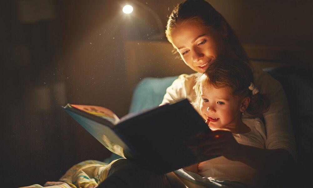 لماذا قصة ما قبل النوم لطفلك هامة؟