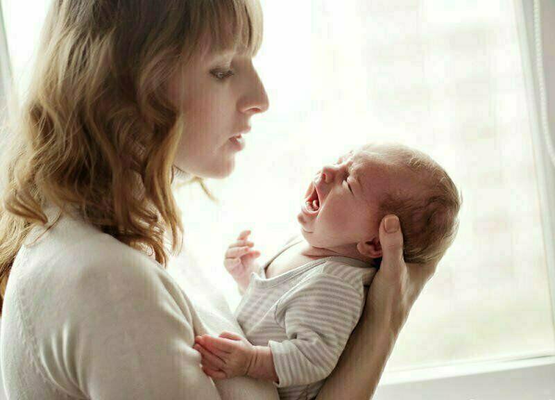 لمسات ساحرة توقف بكاء طفلكِ