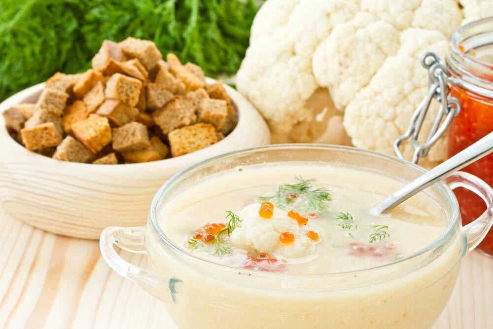 طريقة عمل حساء القرنبيط الكريمى بالكافيار