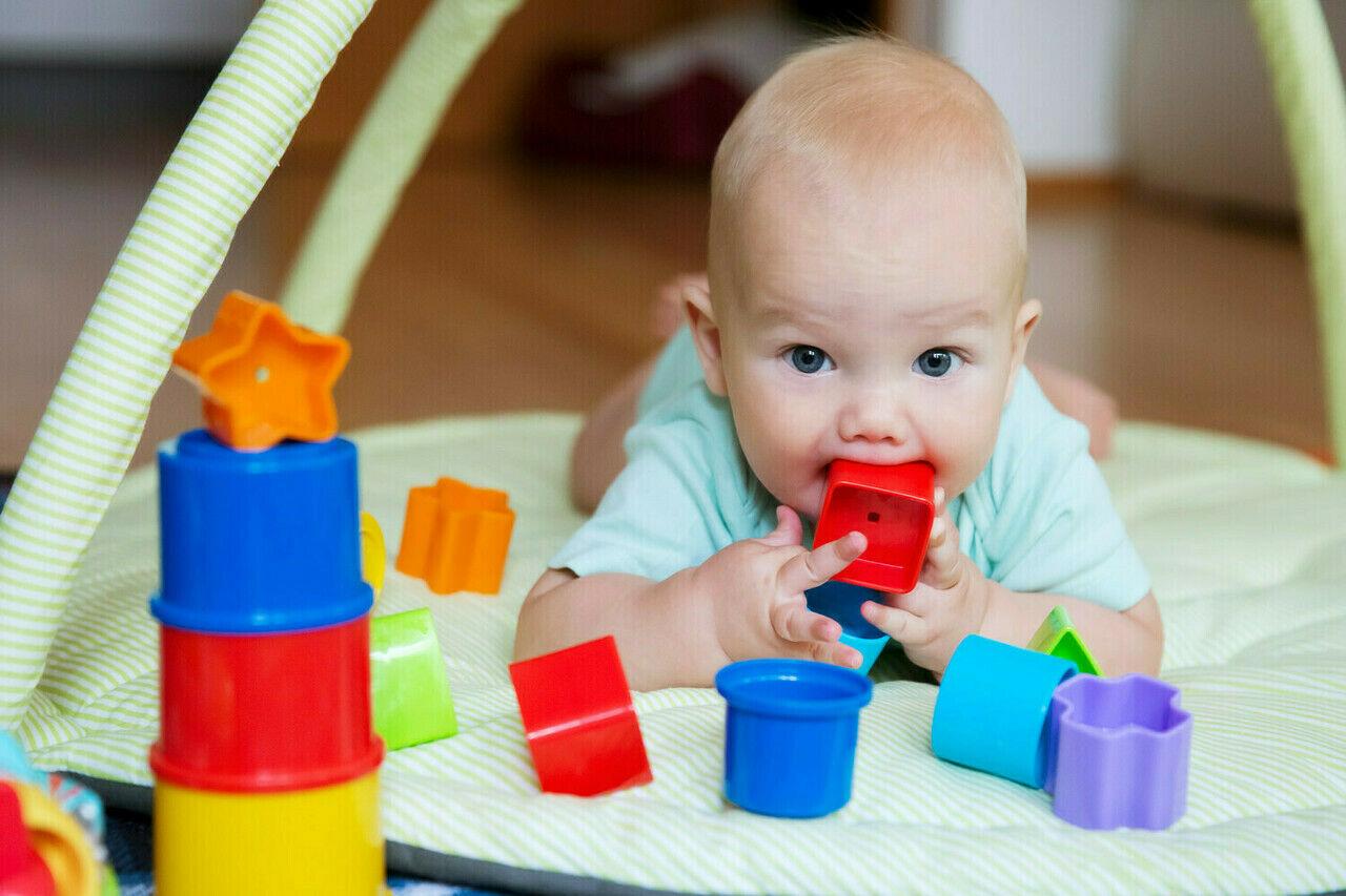 هل يمكنكِ المساعدة في تطور طفلكِ المعرفي؟