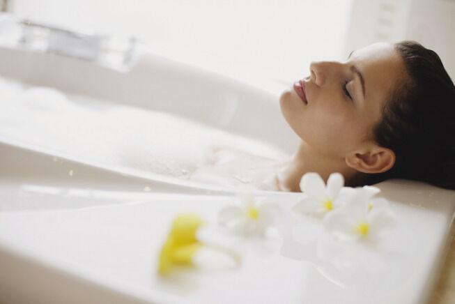 خطوات أساسية لحماية نفسك من إحراج رائحة الإفرازات الكريهة!