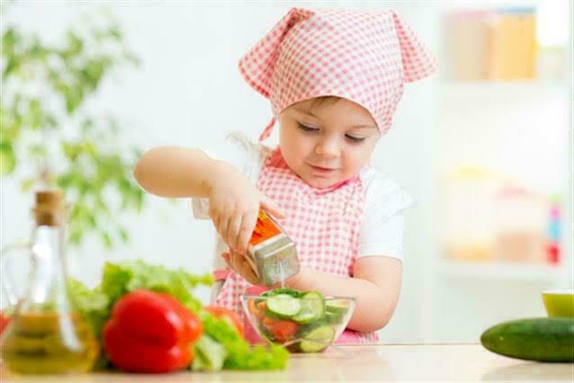 أضرار الملح على طفلك وصحته