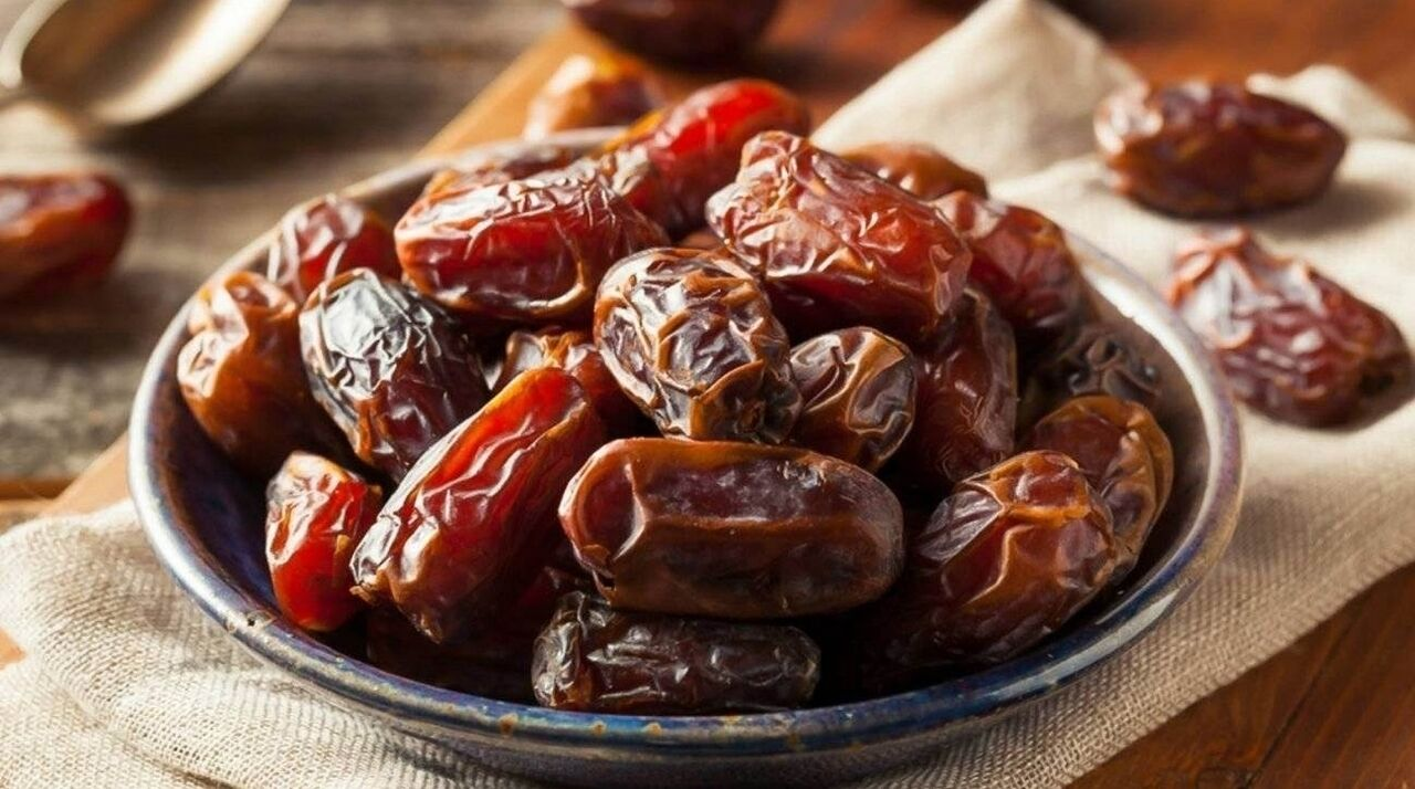 تناول التمر للحامل في رمضان