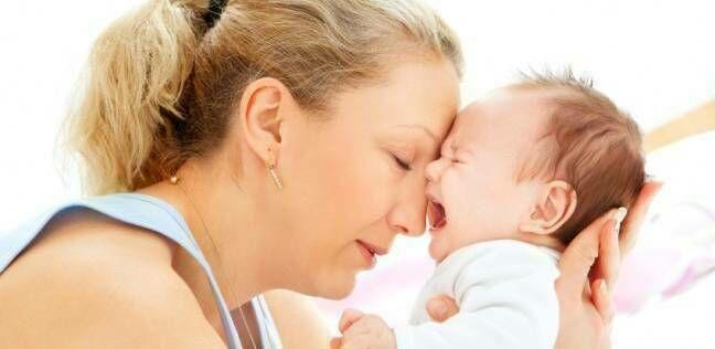 آلام الثدي أثناء الرضاعة، متى تصبح مقلقة؟