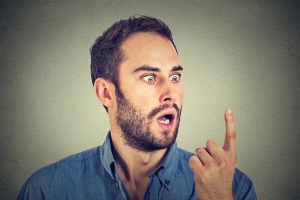هل زوجك ينتمي لأكثر الأبراج غباءًا؟