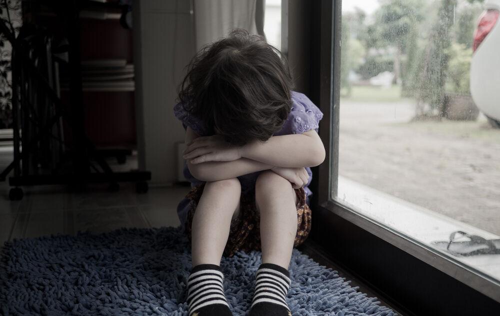 كيف اعرف ان طفلي مصاب بالاكتئاب؟