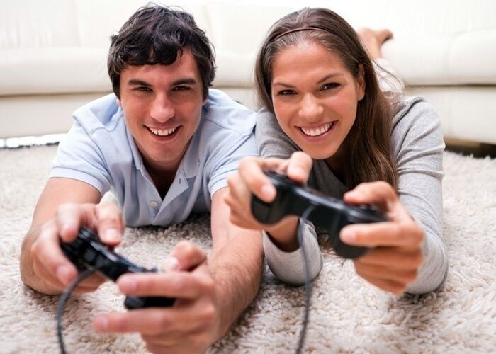 لماذا إضافة المرح والهزل إلى علاقتكما ستجعلها أقوى؟