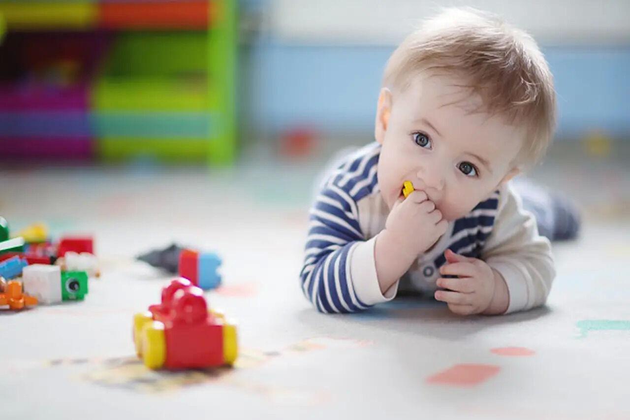 الزحف والميكروبات وأمراض الأطفال