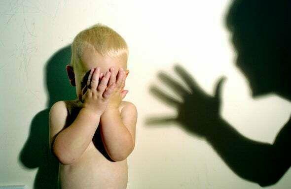 ضرب الطفل كيف يزيد من سلوكياته السيئة؟